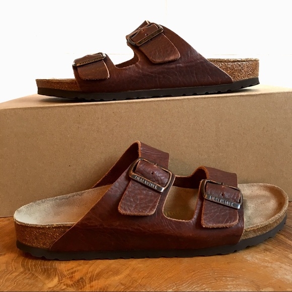 b5d0640081cd Birkenstock Shoes - Birkenstock Arizona Leather 2 Strap Sandals Sz 10